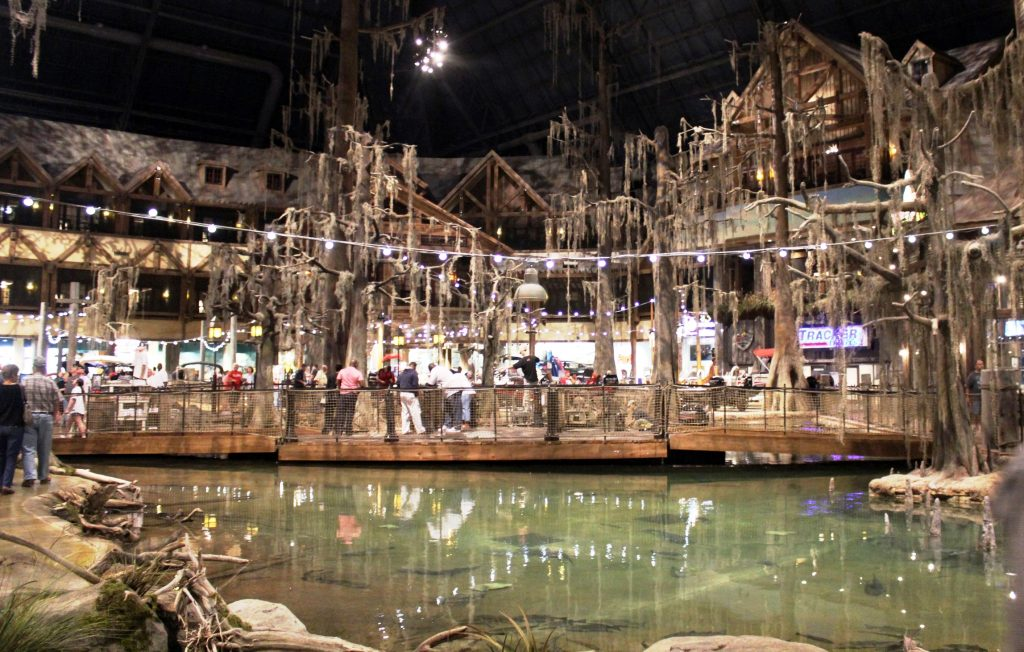 Bass Pro Shops Memphis Pyramid 4 Low Res