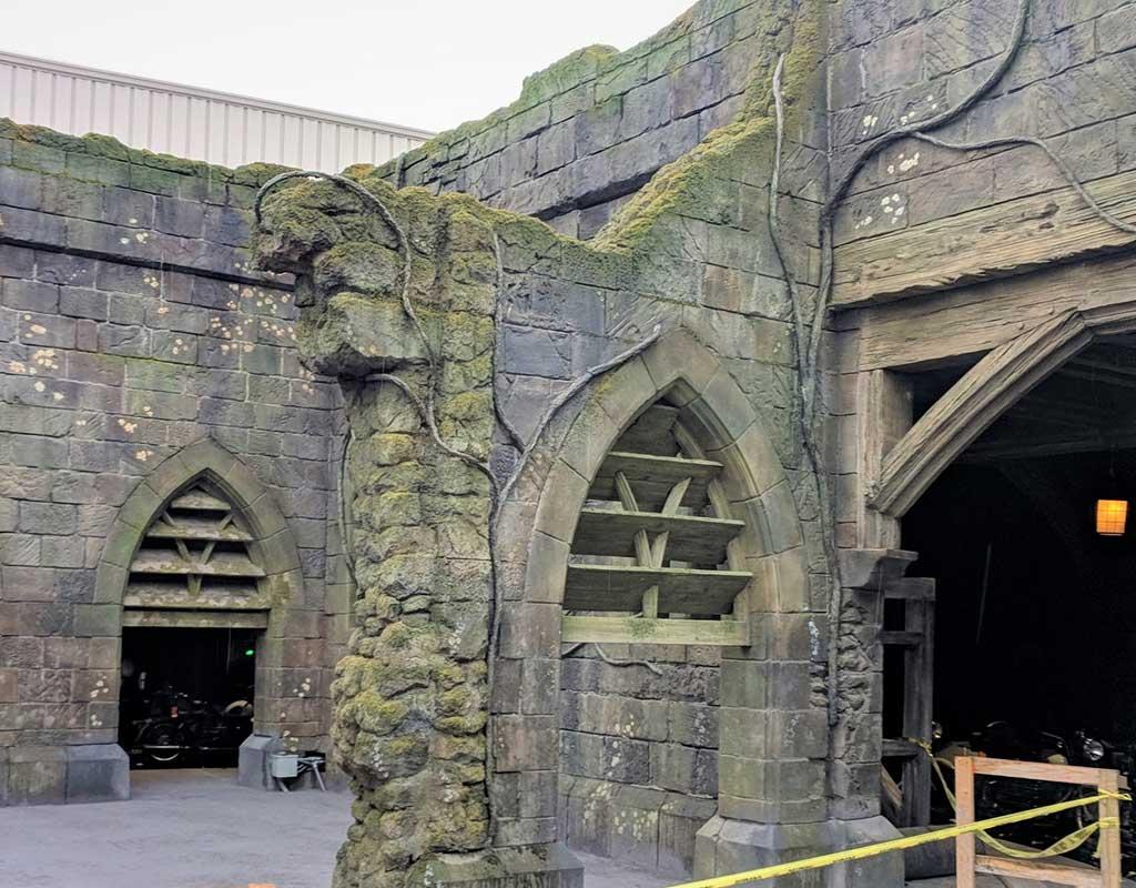 USO Hagrids Courtyard